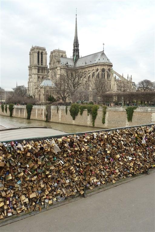 Romantický víkend v Paříži